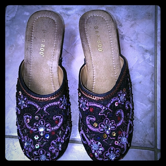 BAMBOO Shoes - Beaded clogs